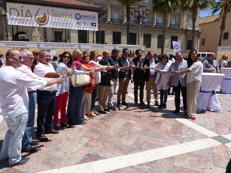 Bodegas del Socorro promociona las excelencias de sus caldos en la II Cata Popular Condado de Huelva con motivo del Día Movimiento Vino DO