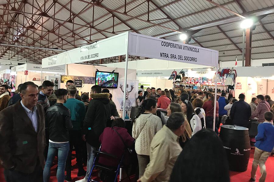 Las ventas de Viñagamo Etiqueta Negra se disparan un 25% en la XI Feria Comarca de Doñana y III Feria Enoberry