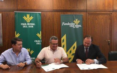 Bodegas del Socorro firma un convenio con la Fundación Caja Rural del Sur para la difusión del cooperativismo y el desarrollo rural